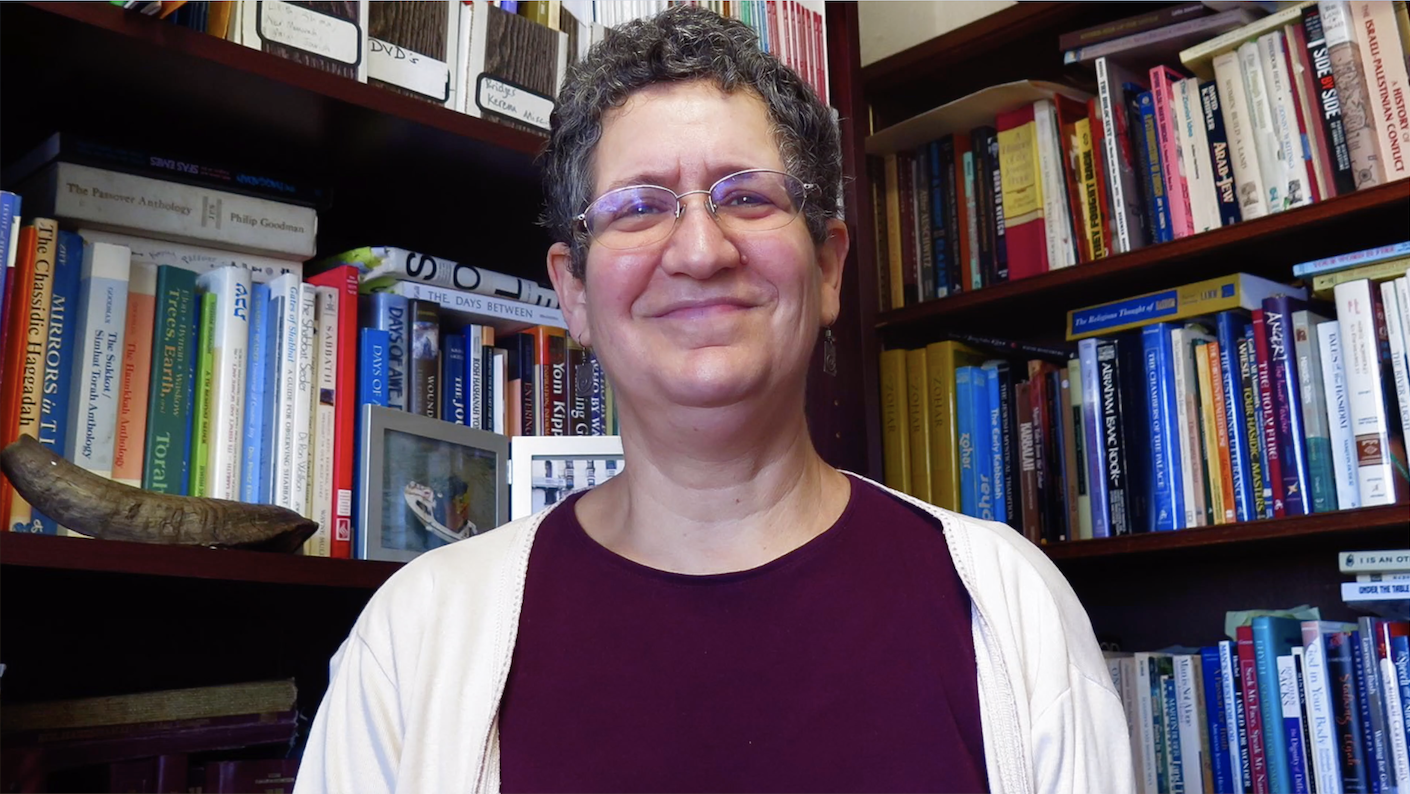 WATCH: Boston Rabbi Goes Off the Rails — She Has to Be Called Out